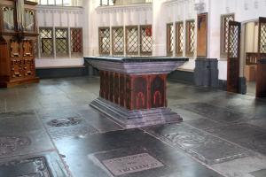 Tomb of Catherine of Bourbon: overview