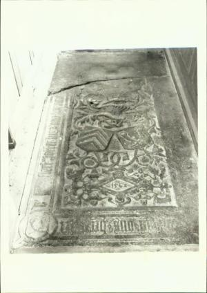 Floor slab of Lucia van Barmentloe and Hendrick van Haersolte