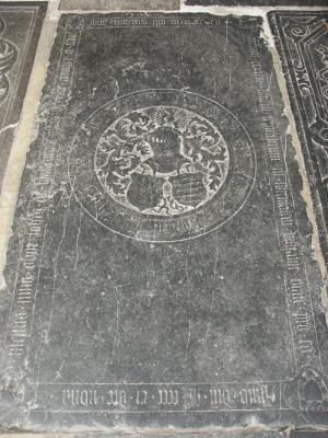 Floor slab of Johannes van Bynsenrode alias van Heer and Peeter [...]