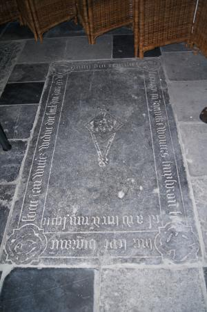 Floor slab of Soete, widow of Jan Wittesz., and Janneke, wife of Wouter