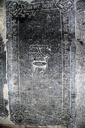 Floor slab of Danckert Tonissen, his wife Cornelie, and their son Cornelis