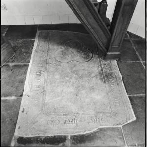 Floor slab of Gerard Belen (fragment(s))