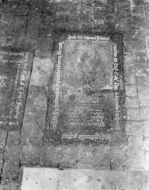 Floor slab of Francois Manteau, Pieternelle Pietersdr. and Apollonia van Dalem